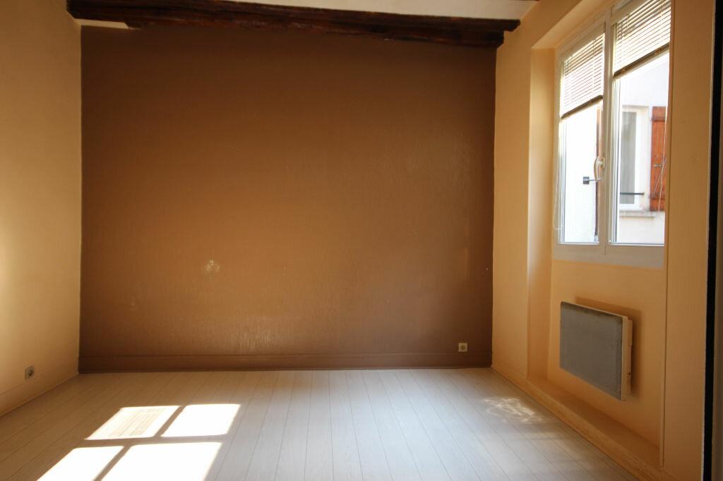 Achat Appartement 1 pièce à Chaville - vignette-3
