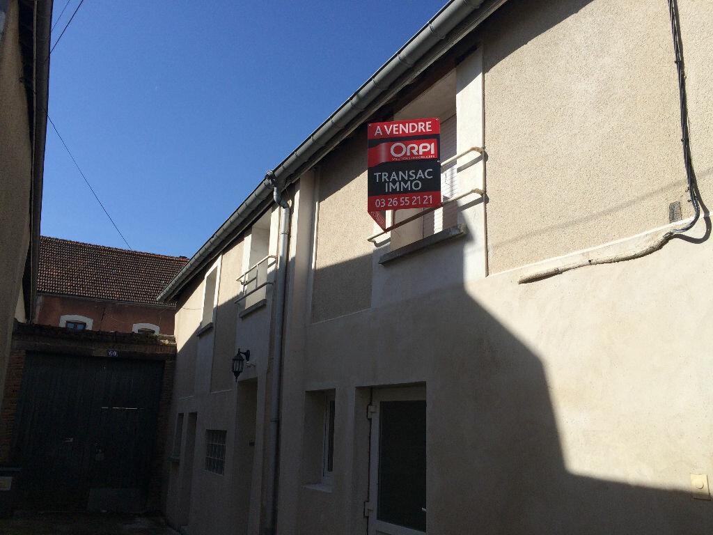 Achat Maison 4 pièces à Chouilly - vignette-4