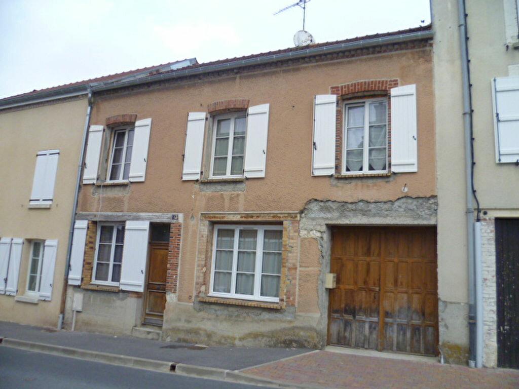 Achat Maison 5 pièces à Mareuil-sur-Ay - vignette-1