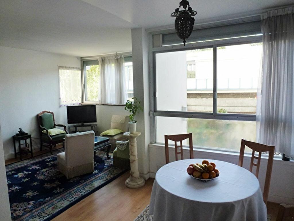 Achat Appartement 3 pièces à Bagnolet - vignette-4