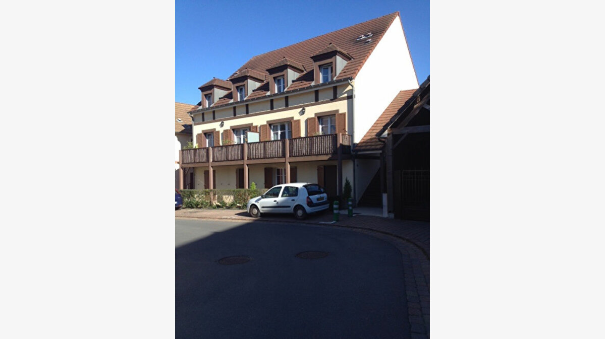 Location Appartement 3 pièces à Magny-le-Hongre - vignette-1