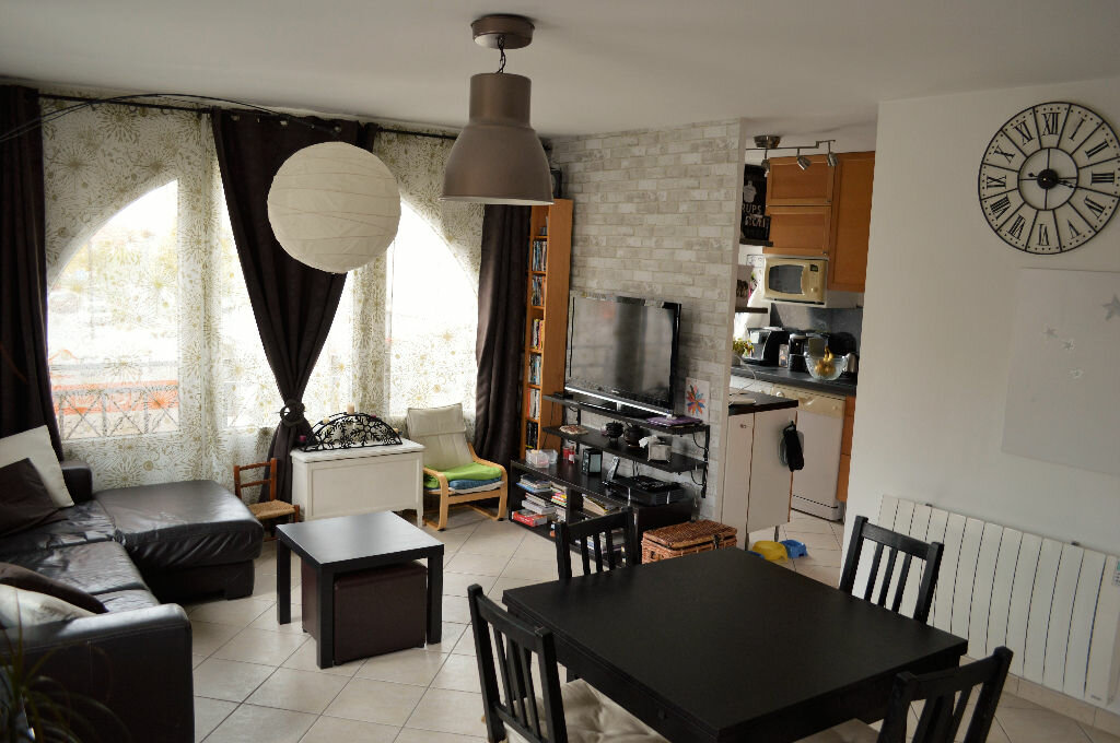Achat Appartement 3 pièces à Magny-le-Hongre - vignette-1