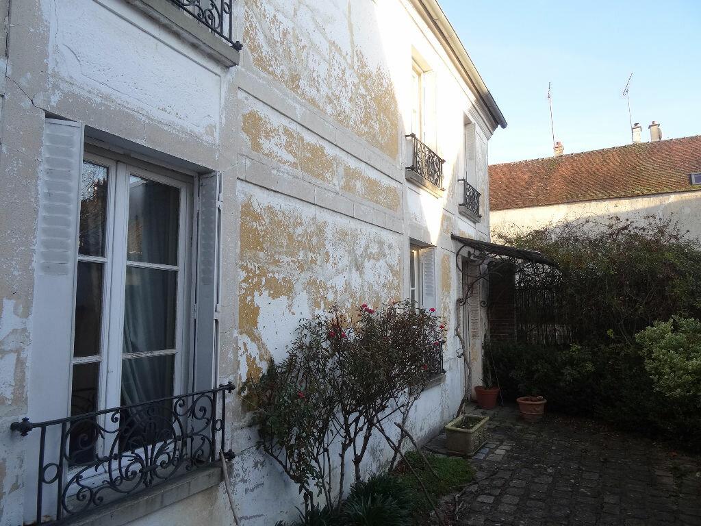 Achat Maison 10 pièces à Dammartin-sur-Tigeaux - vignette-2