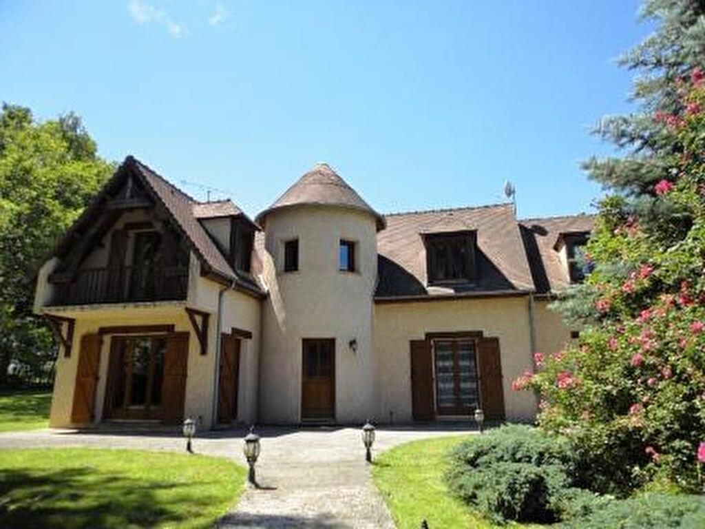 Achat Maison 5 pièces à Saint-Germain-sur-Morin - vignette-1