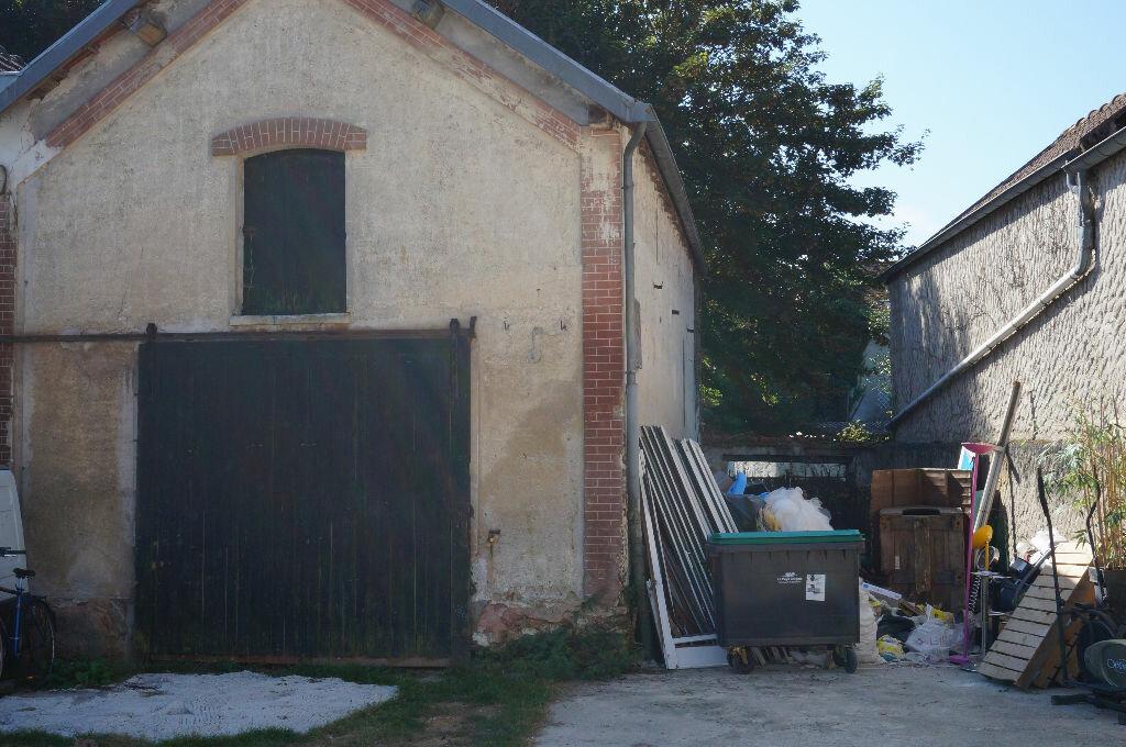 Achat Maison 1 pièce à Crécy-la-Chapelle - vignette-2