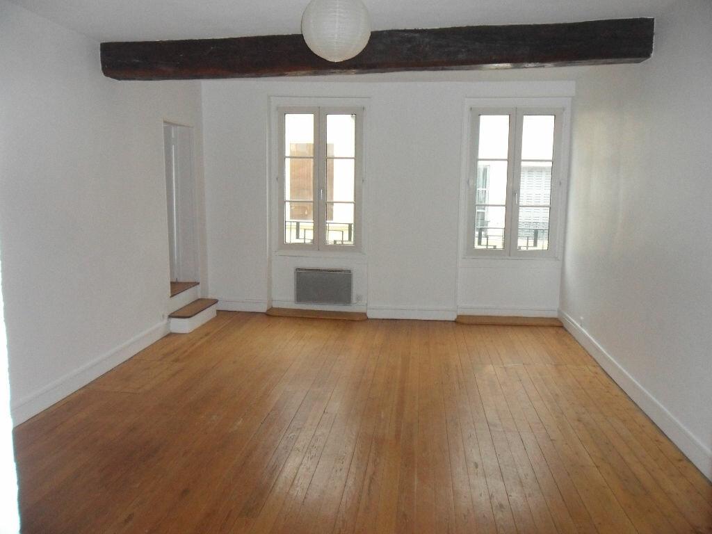 Location Appartement 2 pièces à Rebais - vignette-1