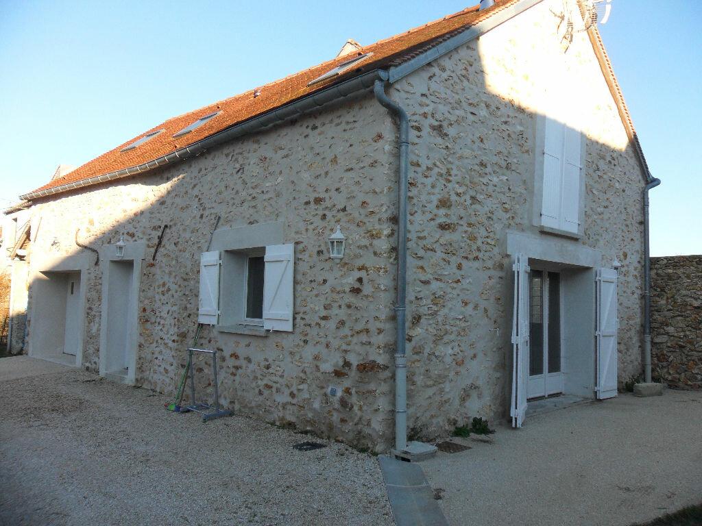 Location Maison 3 pièces à Guérard - vignette-1
