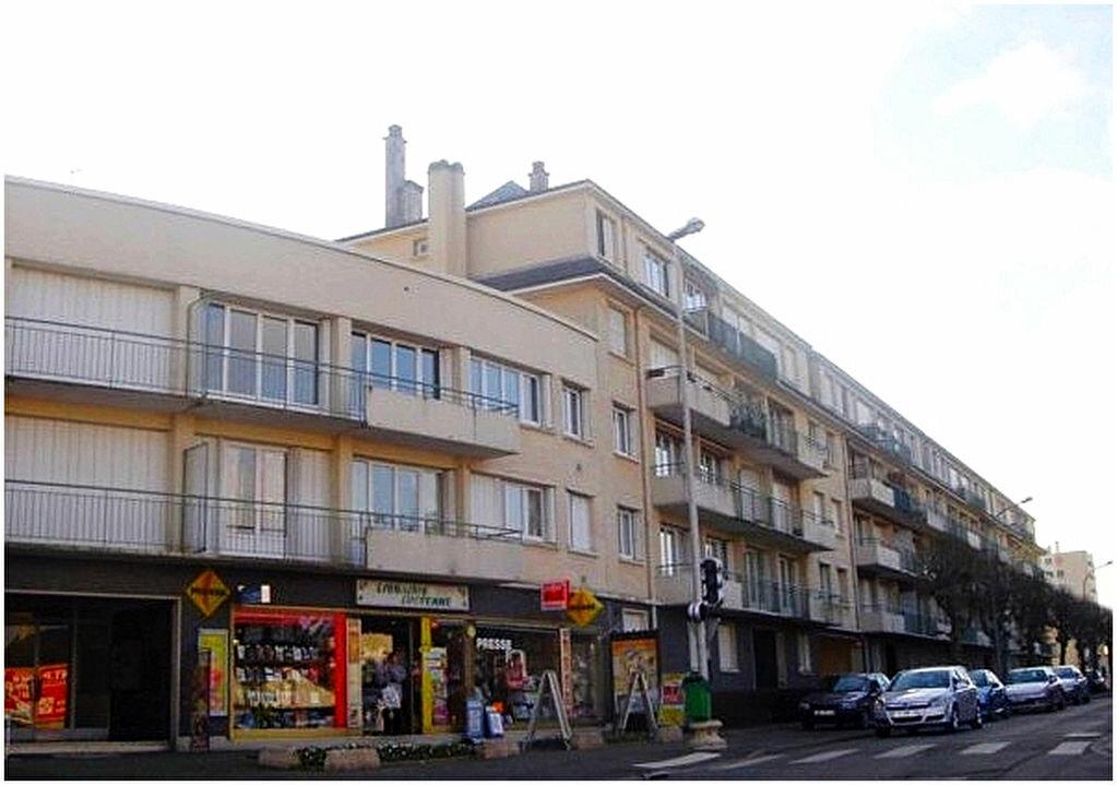 Achat Appartement 4 pièces à Lucé - vignette-1