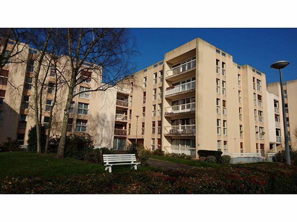 Achat Appartement 4 pièces à Chartres - vignette-1
