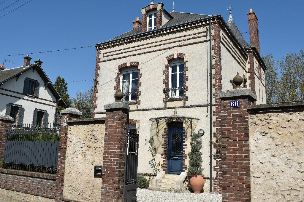 Achat Maison 8 pièces à Chartres - vignette-1