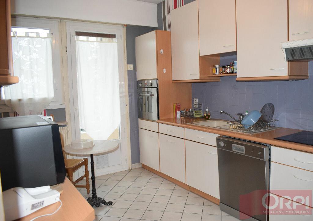 Achat Appartement 4 pièces à Luisant - vignette-2