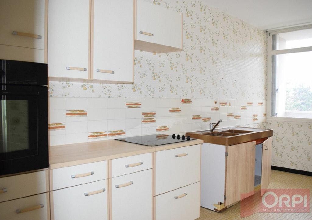 Achat Appartement 4 pièces à Chartres - vignette-2