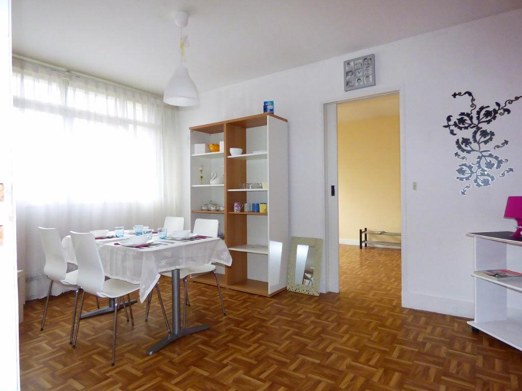 Achat Appartement 2 pièces à Verneuil-sur-Seine - vignette-2