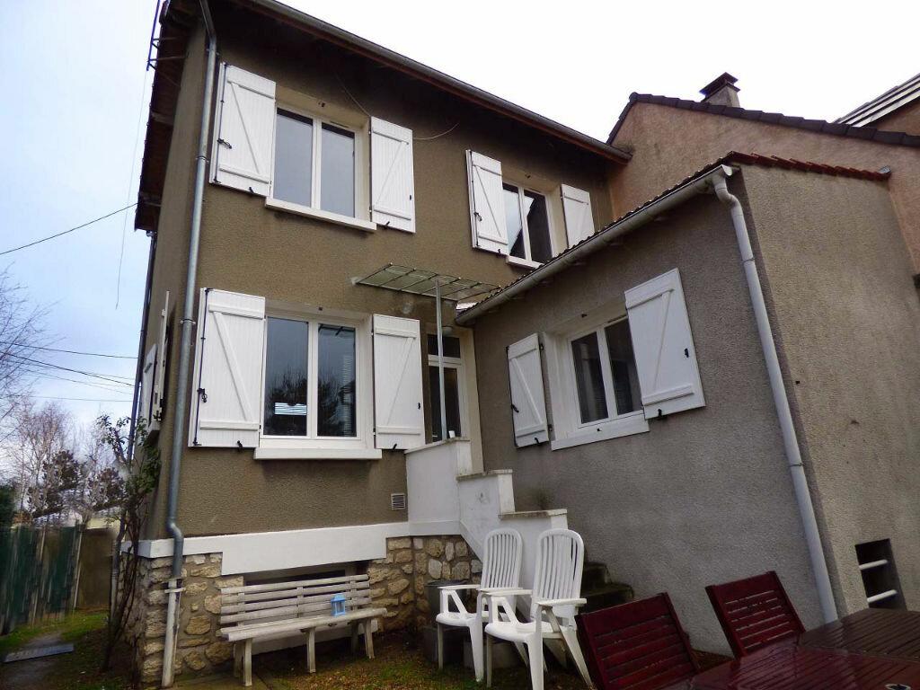 Achat Maison 6 pièces à Verneuil-sur-Seine - vignette-1