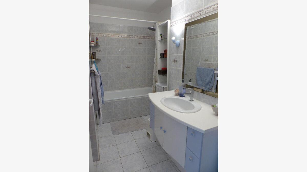 Achat Appartement 3 pièces à Verneuil-sur-Seine - vignette-9