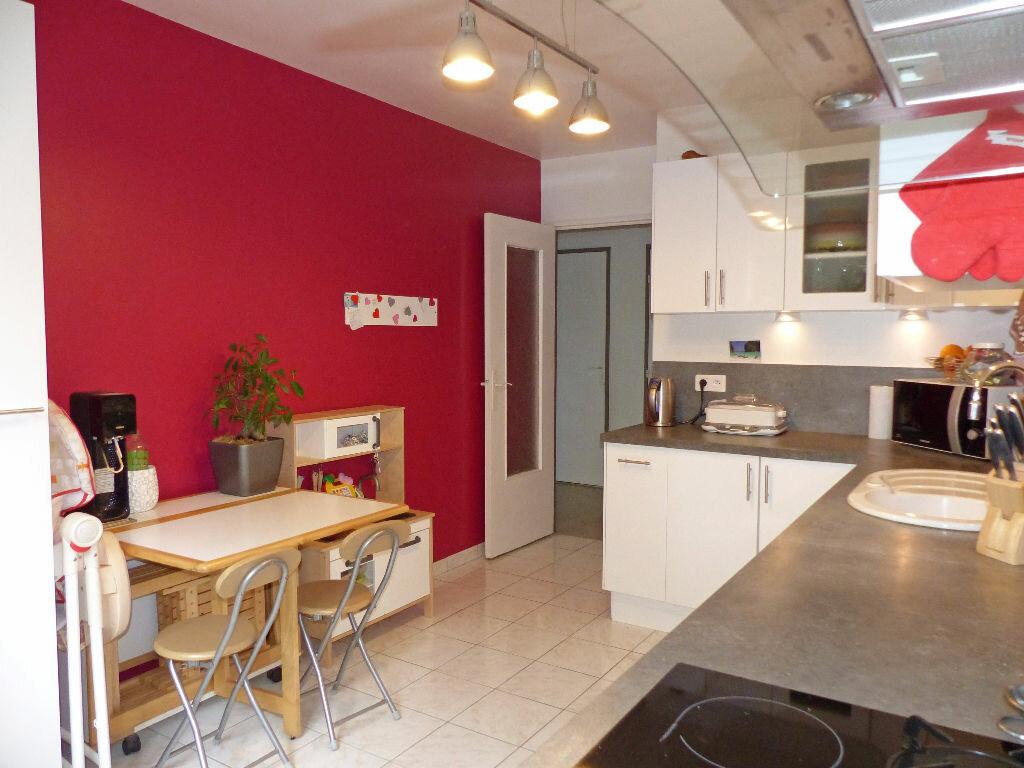 Achat Appartement 3 pièces à Verneuil-sur-Seine - vignette-12