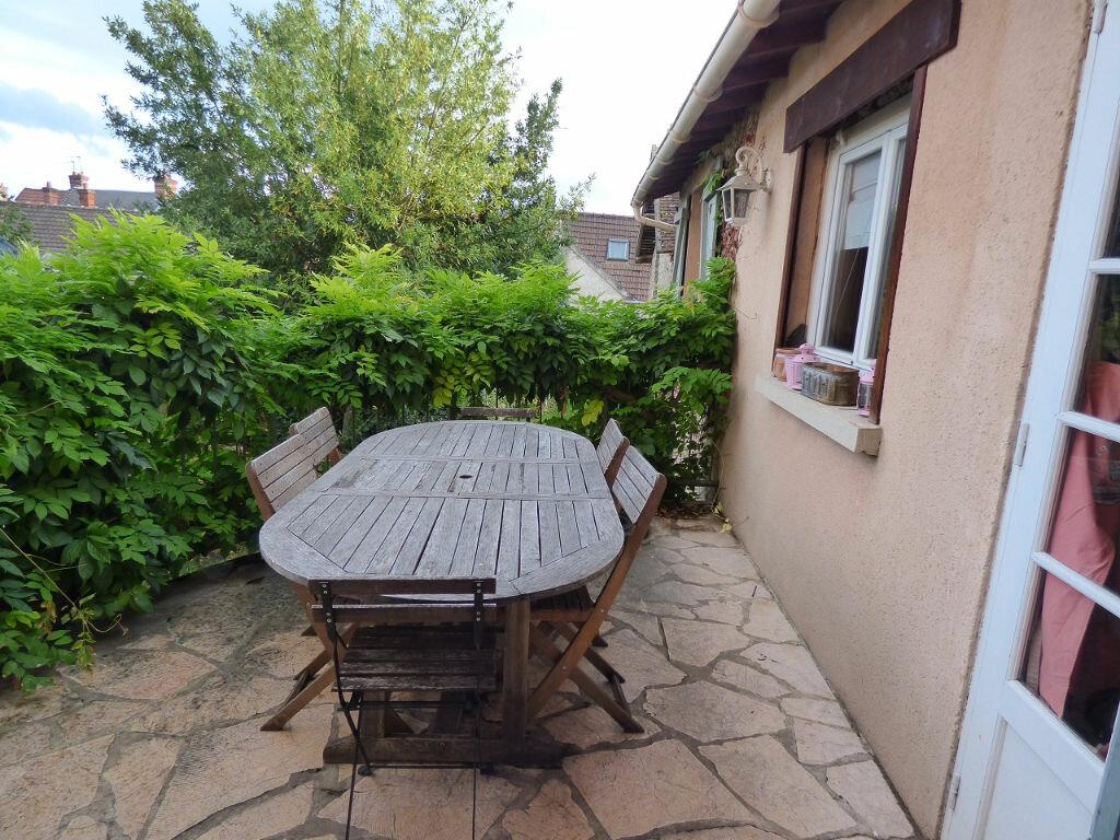 Achat Maison 6 pièces à Vaux-sur-Seine - vignette-4