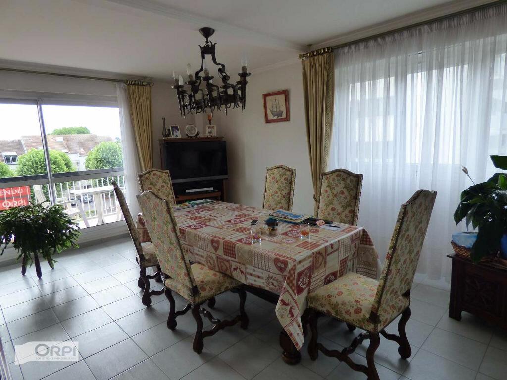Achat Appartement 4 pièces à Verneuil-sur-Seine - vignette-5