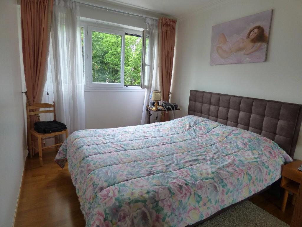 Achat Appartement 4 pièces à Verneuil-sur-Seine - vignette-8