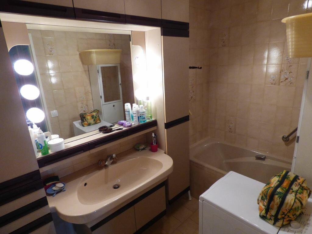 Achat Appartement 4 pièces à Verneuil-sur-Seine - vignette-9