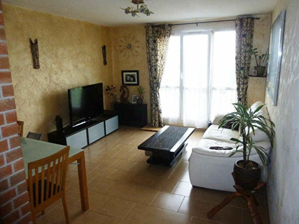 Achat Appartement 4 pièces à Brou-sur-Chantereine - vignette-1