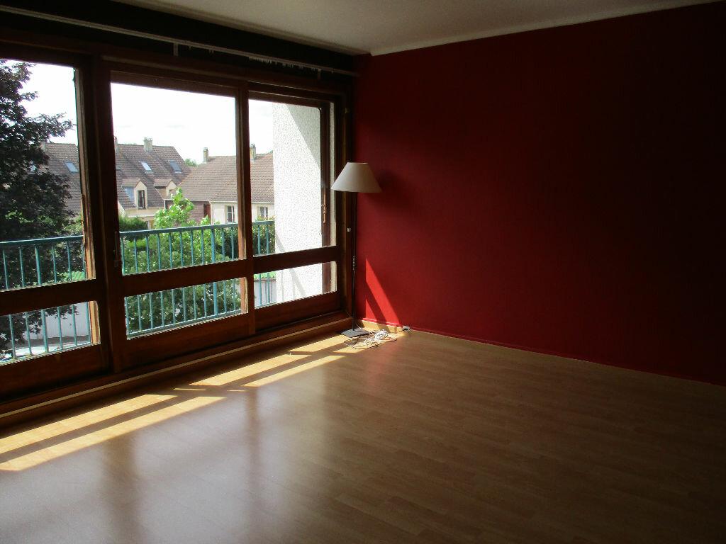 Achat Appartement 3 pièces à Bois-d'Arcy - vignette-1