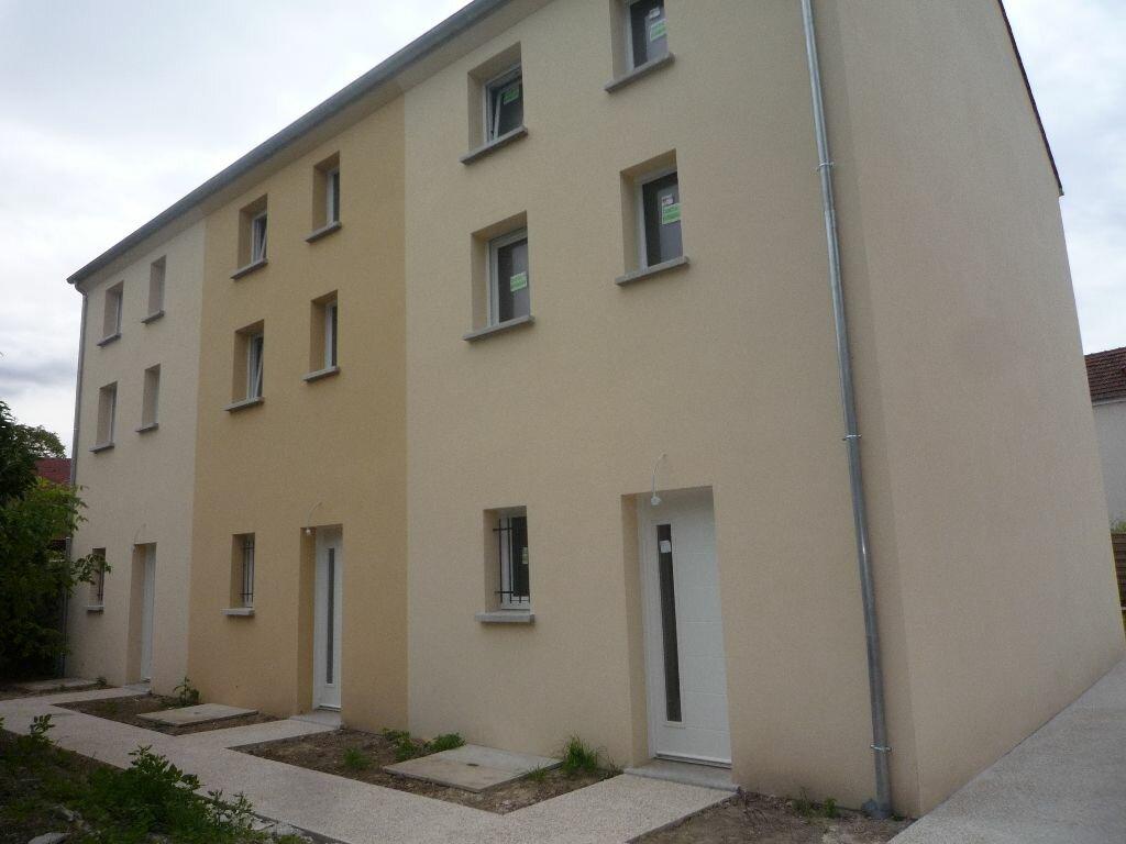Achat Maison 5 pièces à Isles-lès-Villenoy - vignette-3