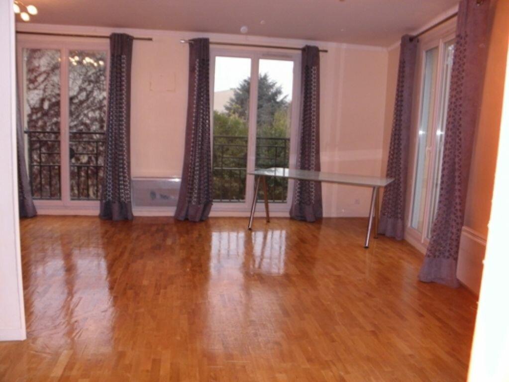 Achat Appartement 3 pièces à Châtenay-Malabry - vignette-2