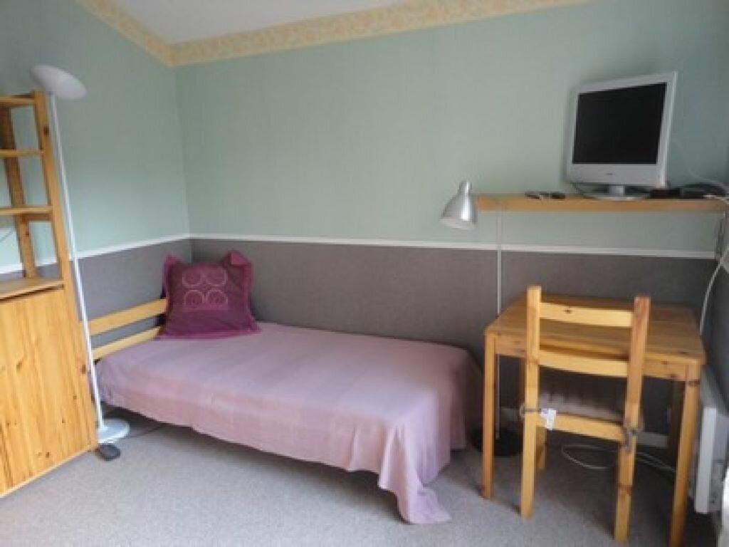 Location Appartement 1 pièce à Verrières-le-Buisson - vignette-1
