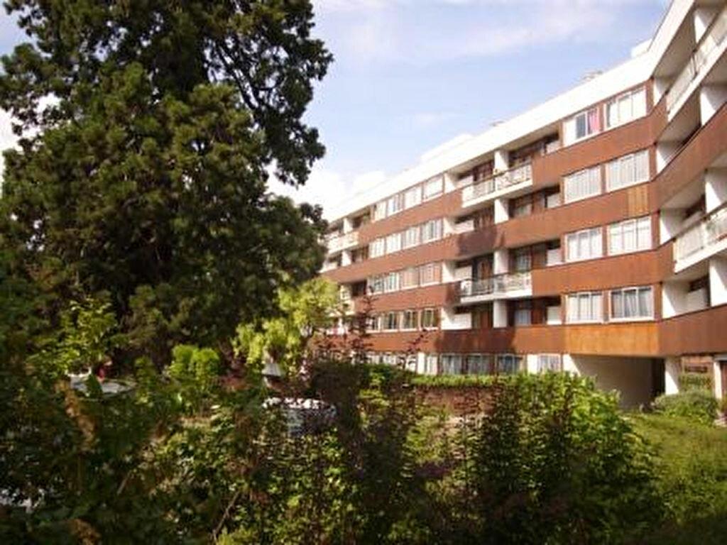 Location Appartement 5 pièces à Meudon - vignette-1