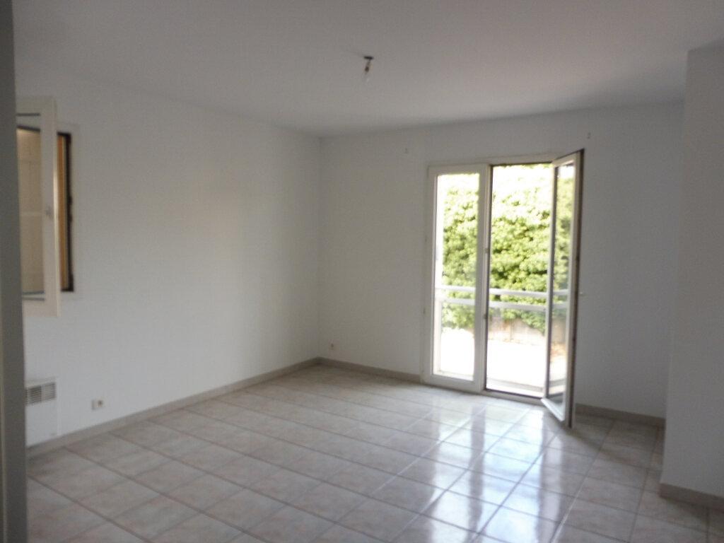 Location Appartement 2 pièces à Pertuis - vignette-6