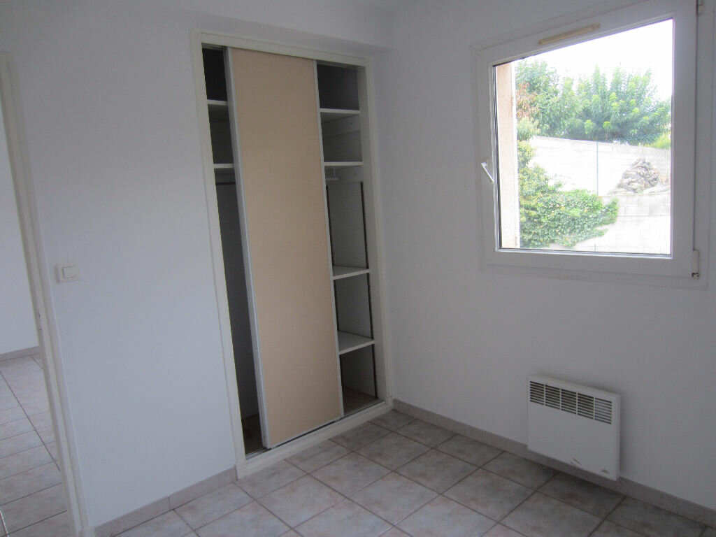 Location Appartement 2 pièces à Pertuis - vignette-8