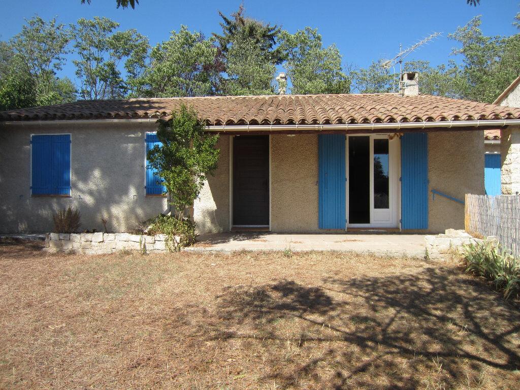 Location Maison 4 pièces à Pertuis - vignette-1