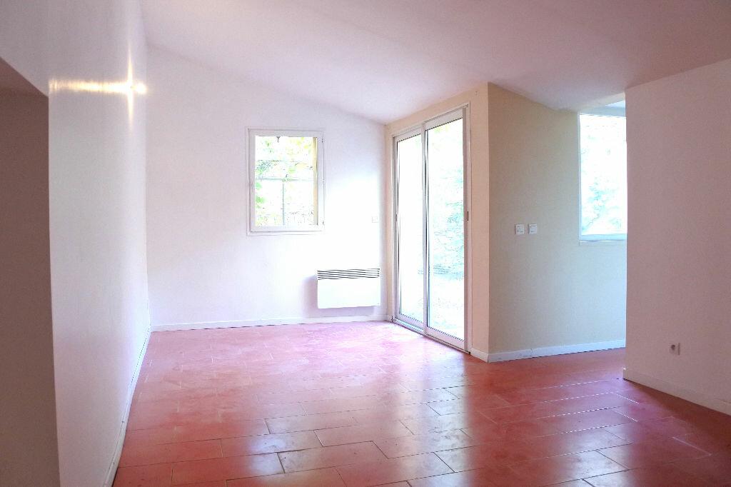 Achat Appartement 3 pièces à Pertuis - vignette-3