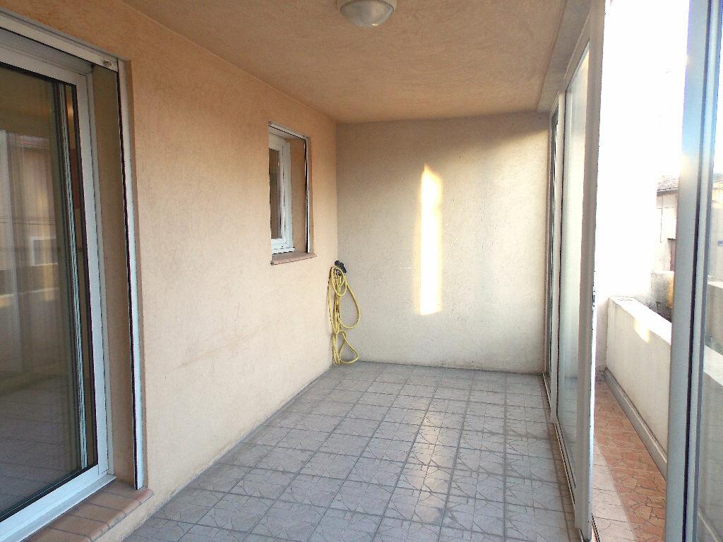 Achat Appartement 3 pièces à Pertuis - vignette-1