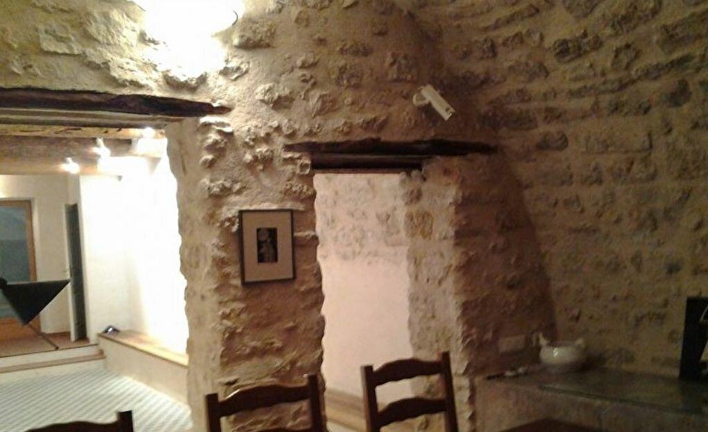 Achat Maison 8 pièces à Peypin-d'Aigues - vignette-1
