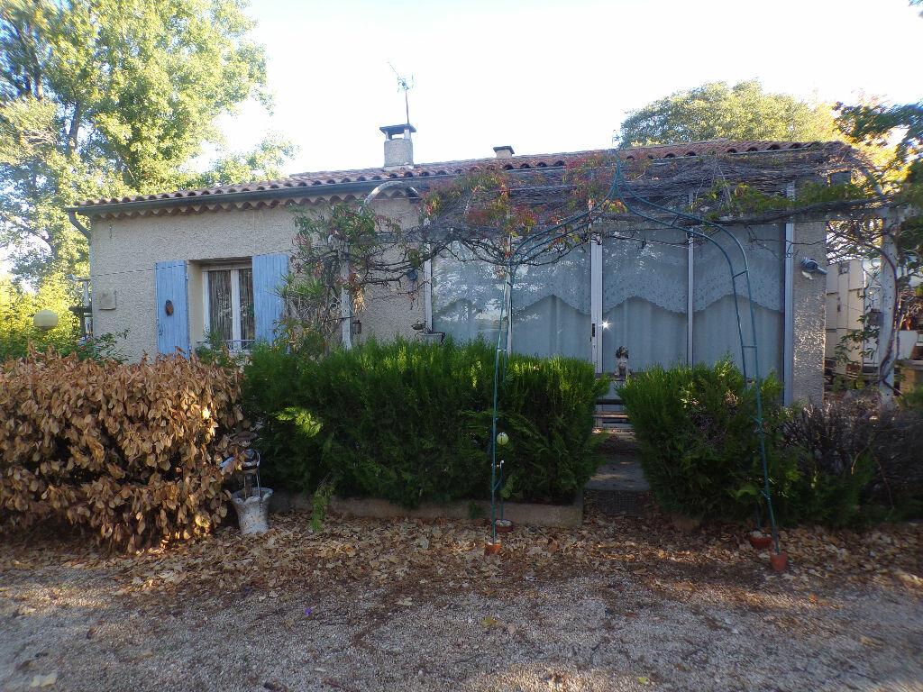Achat Maison 4 pièces à La Tour-d'Aigues - vignette-1