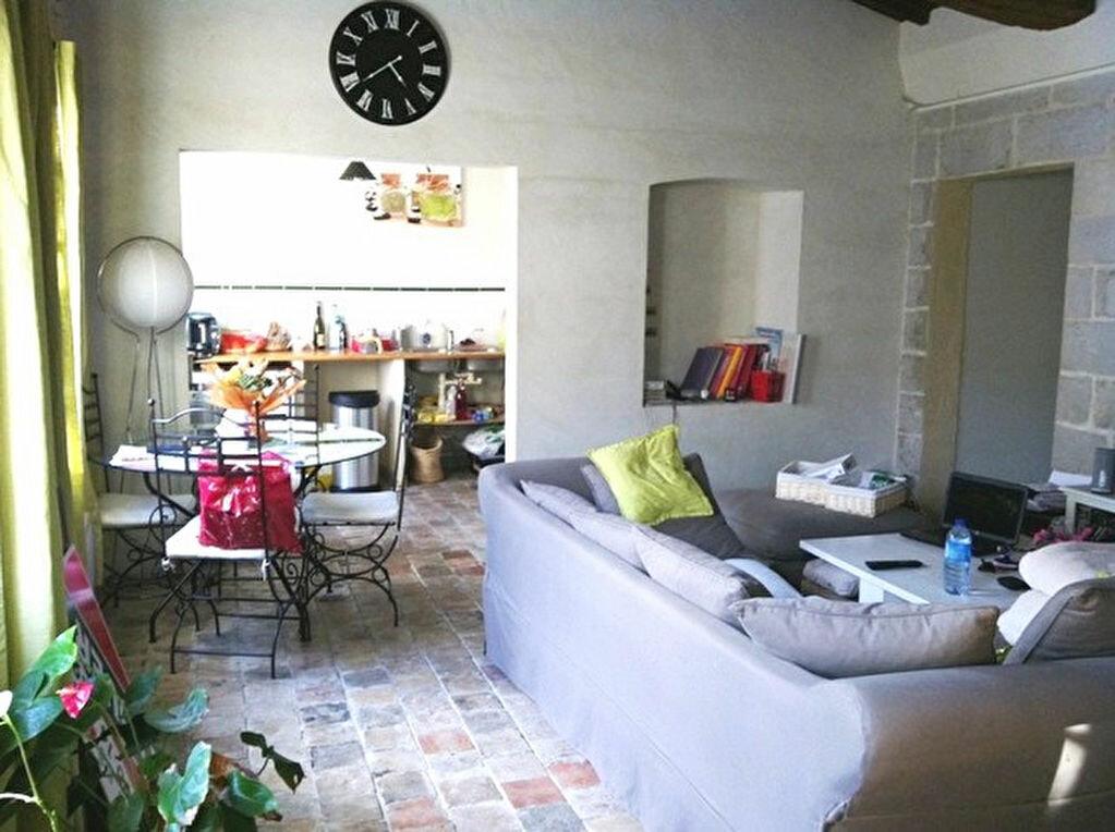 Location Appartement 3 pièces à Barbentane - vignette-1