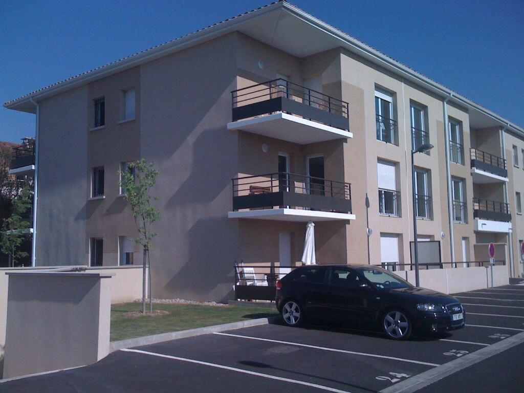 Location Appartement 2 pièces à Sorgues - vignette-1