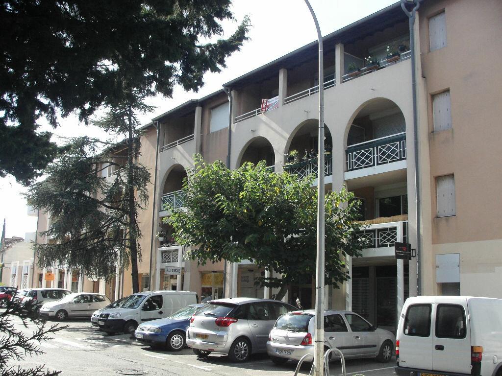 Location Appartement 2 pièces à Les Angles - vignette-1
