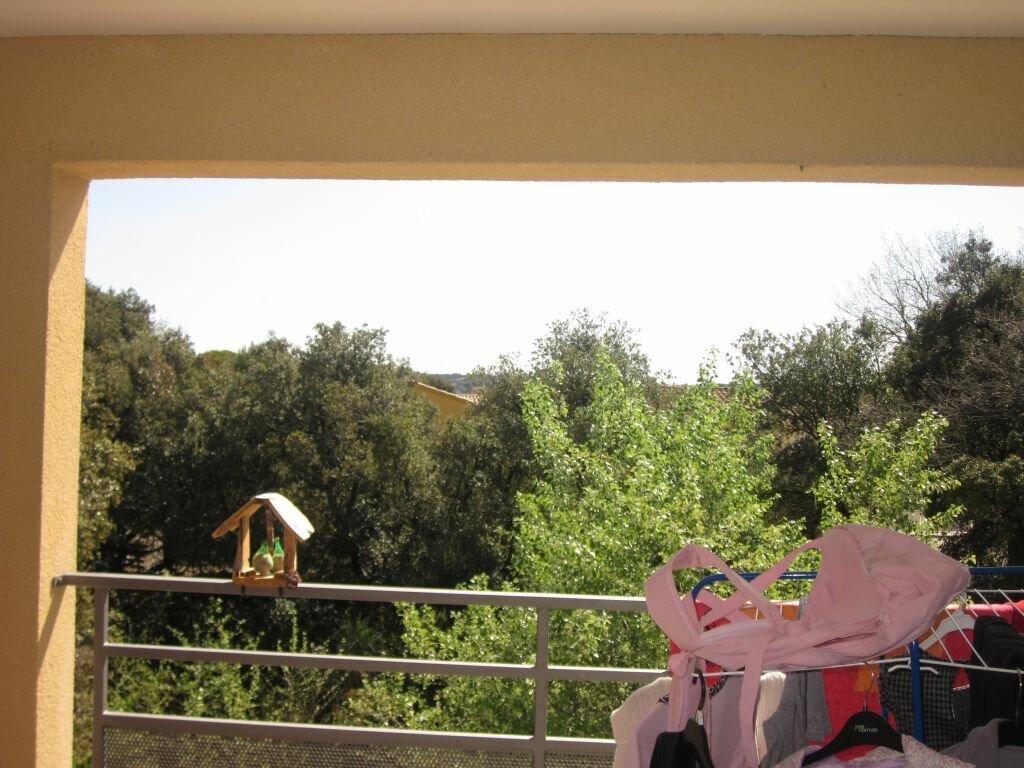 Location Appartement 2 pièces à Roquemaure - vignette-1