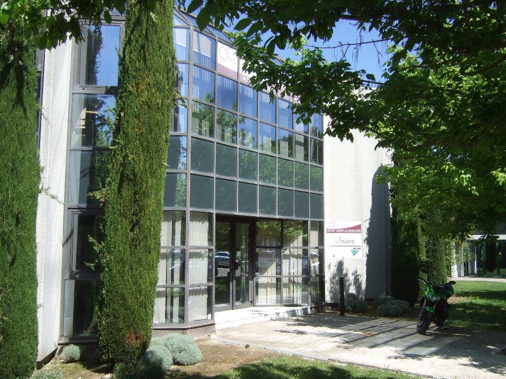 Location Bureaux  à Avignon - vignette-1