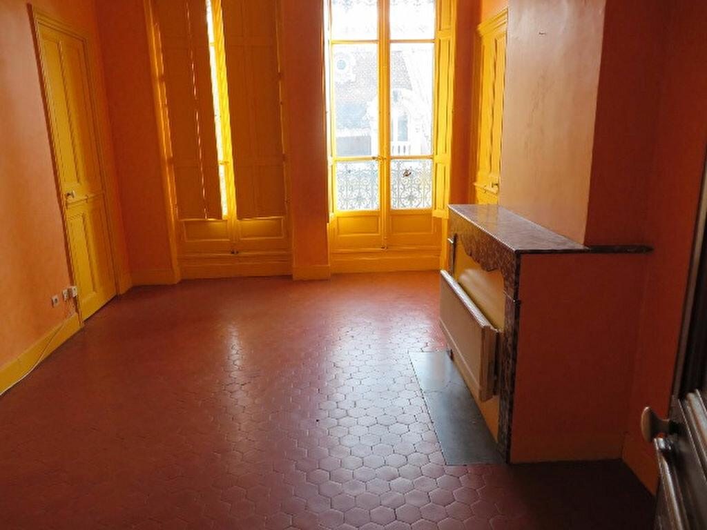 Achat Appartement 6 pièces à Avignon - vignette-1