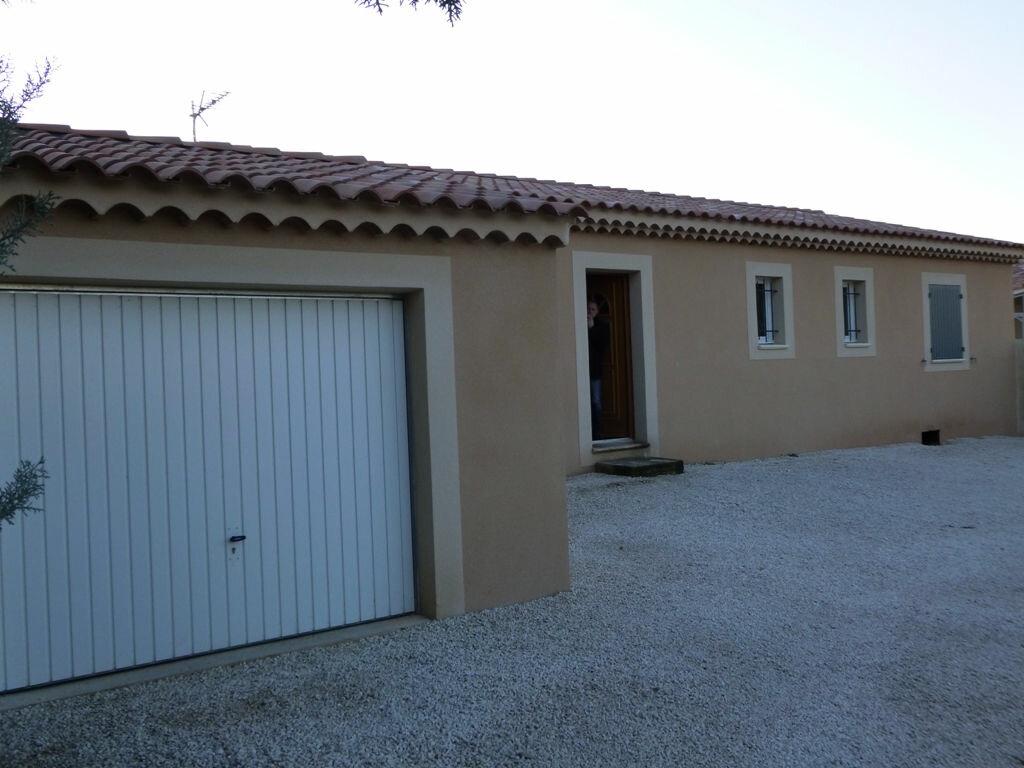 Location Maison 4 pièces à Mazan - vignette-1