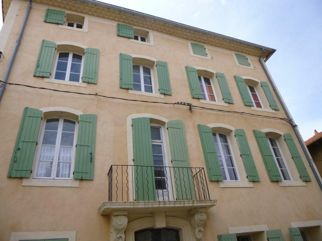 Location Appartement 4 pièces à Monteux - vignette-1