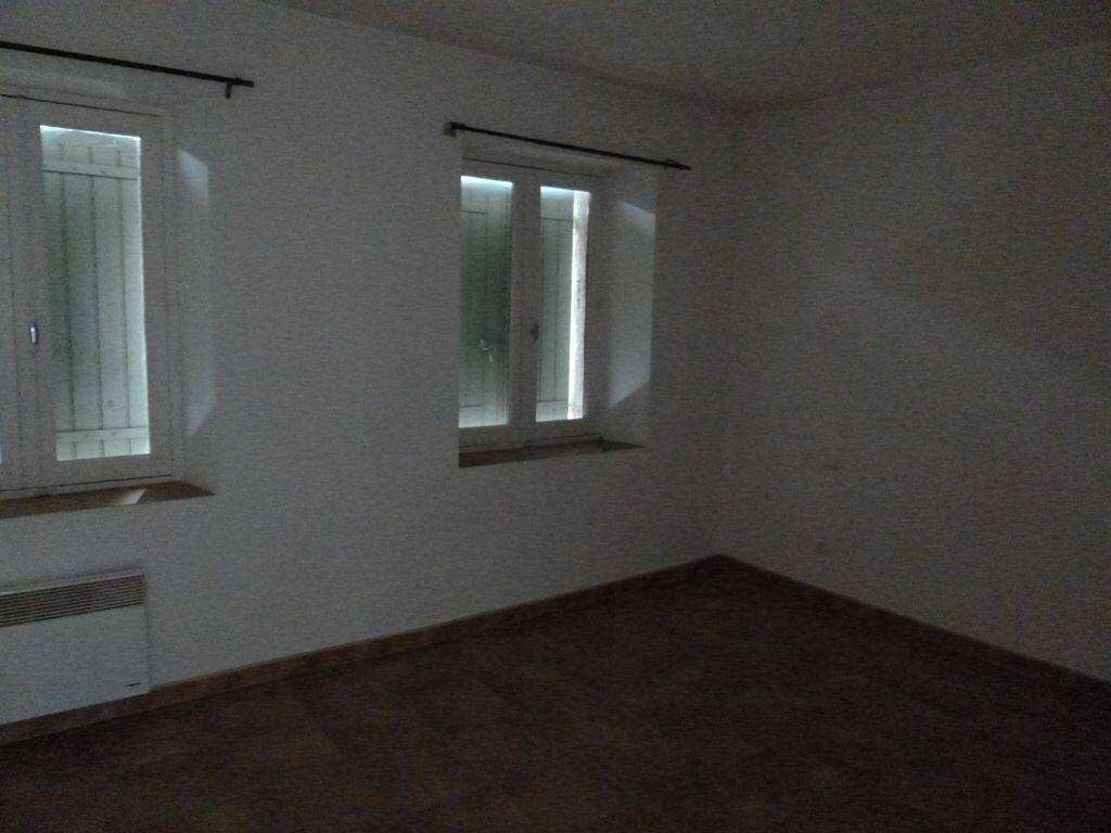 Location Appartement 2 pièces à Sarrians - vignette-3