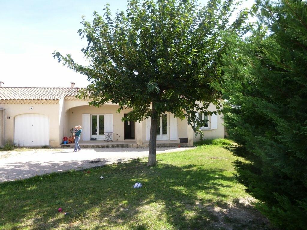 Location Maison 4 pièces à Aubignan - vignette-1