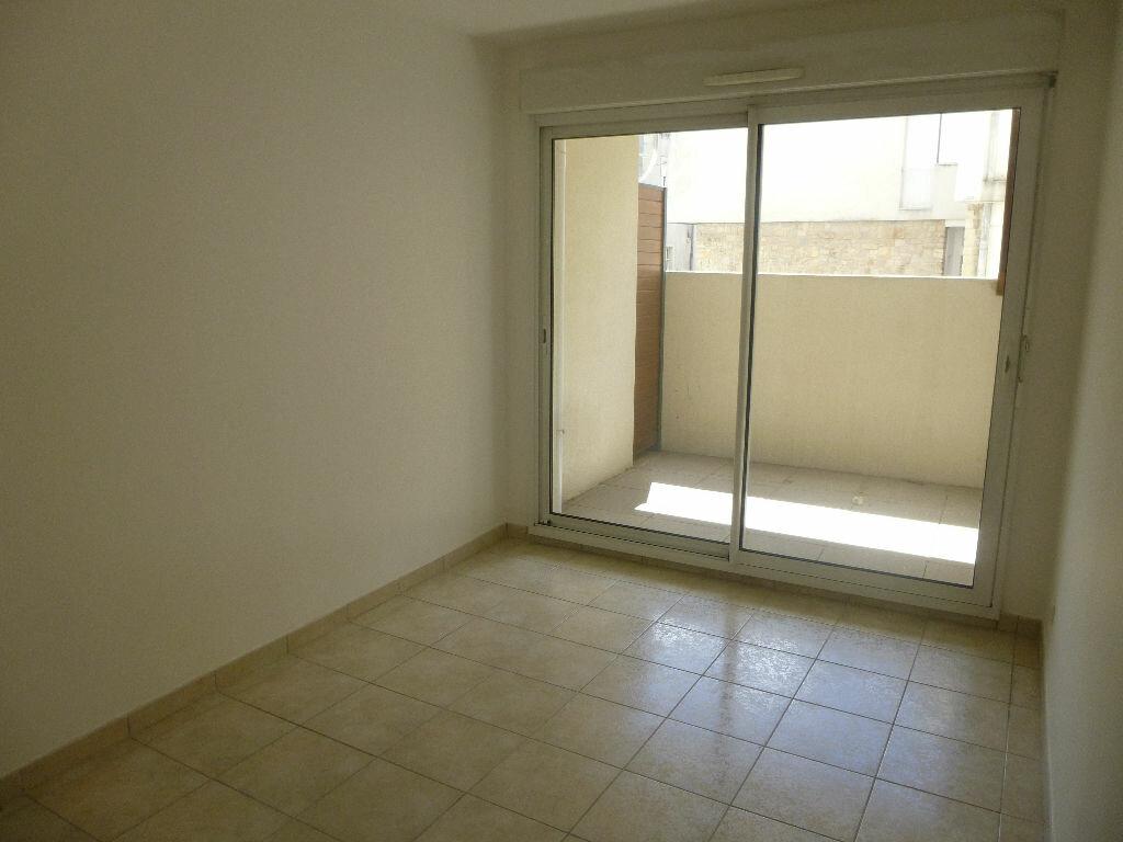 Achat Appartement 4 pièces à Carpentras - vignette-3