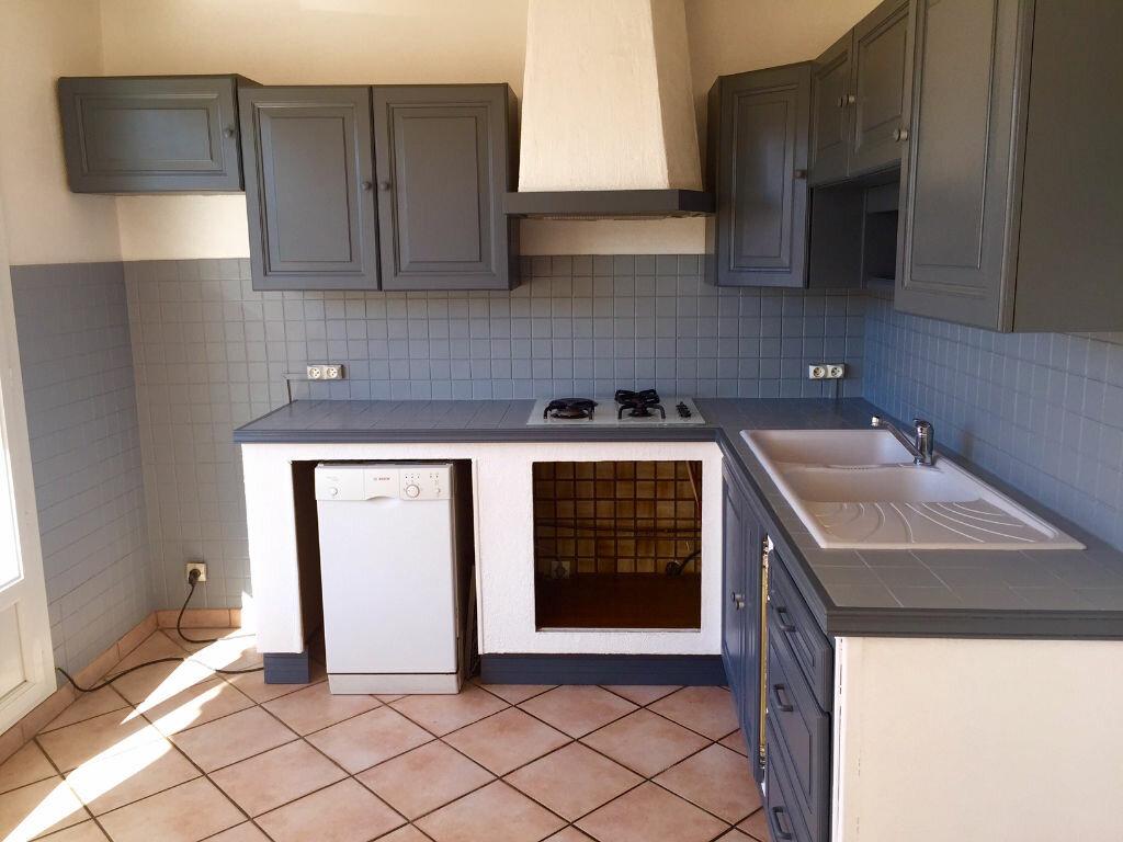 Achat Appartement 4 pièces à Carpentras - vignette-1