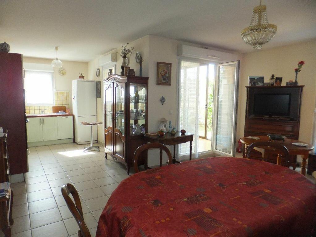 Achat Appartement 3 pièces à Vaison-la-Romaine - vignette-4